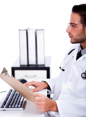What Doctors Can Expect from an EHR Solution